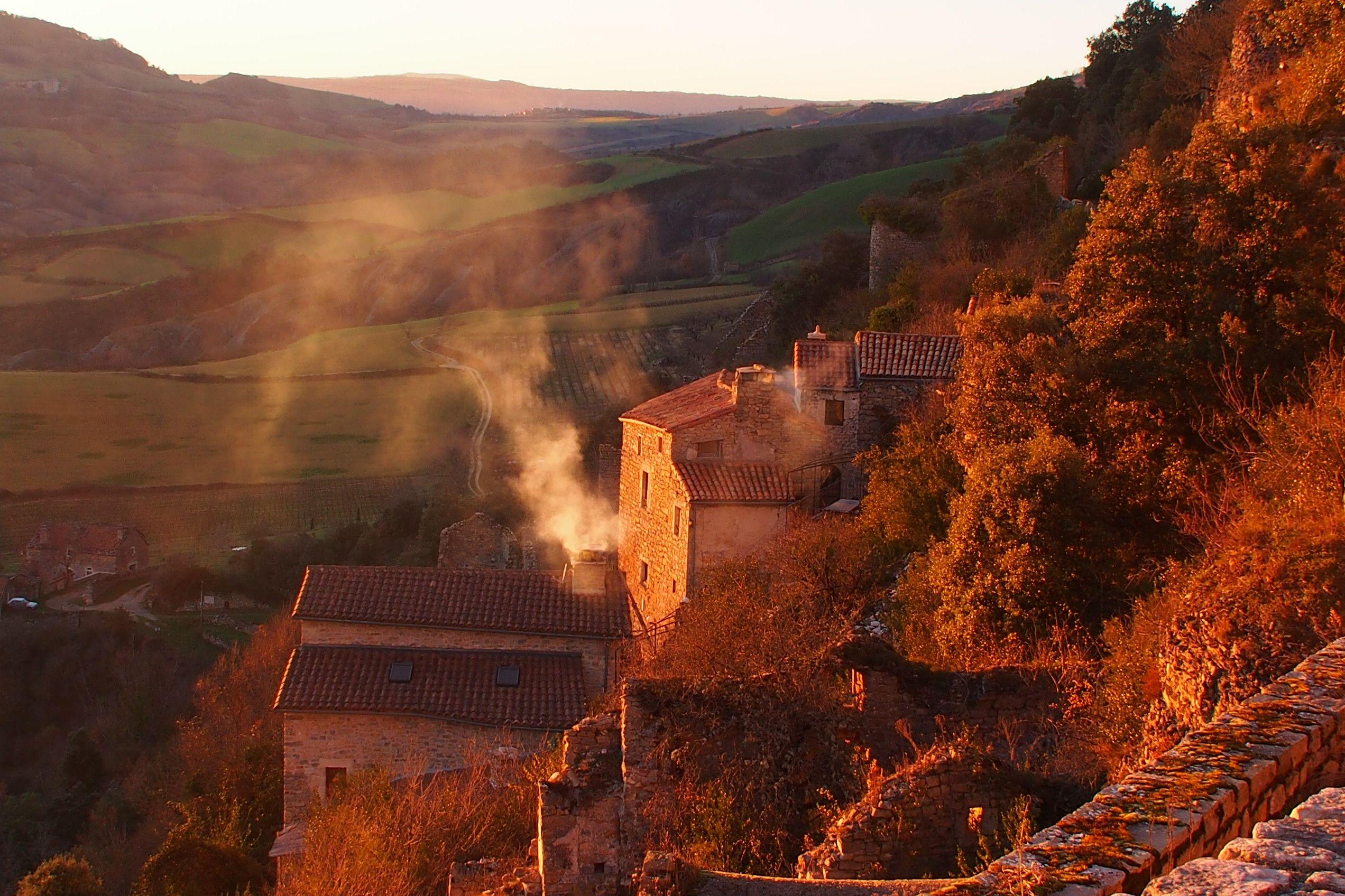 Le village au dernier soleil d'hiver